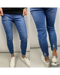 Pantaloni jeans donna vita media con strass sotto e spacco dietro art_111
